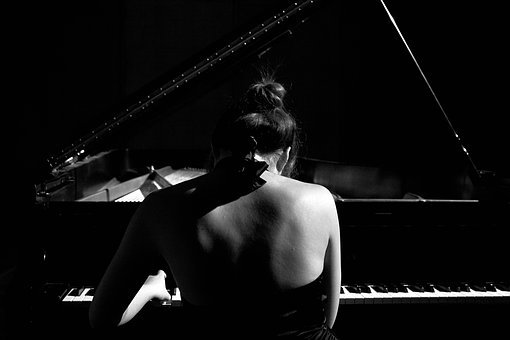 Piano, Black And White, Player